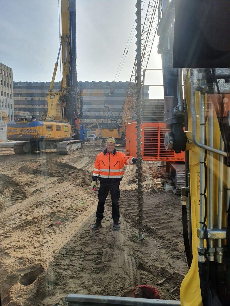 Sondierungsbohrung vor Beginn der Erstellung einer Baugrube